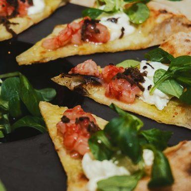 Pizza – Caprese di Gamberi – lo Chalet dei Gourmet